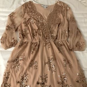 ROSE GOLD DRESS - F21